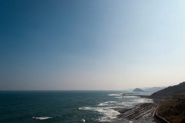 日南海岸の海と空の境界線