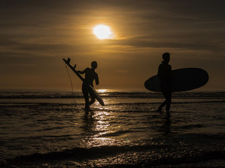 Silhouette Surf
