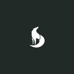 wolf minimalist logo graphic modern shape