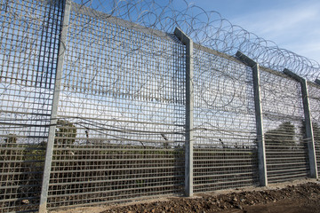 Border fence between Israel and Syria
