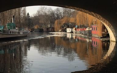 Winter in Berlin; Landwehrkanal im Tiergarten