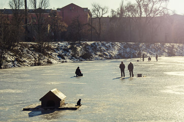 Severe winter fishing in Russia