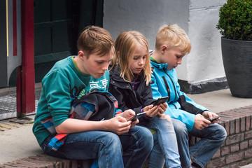 Handysucht Bei Kindern