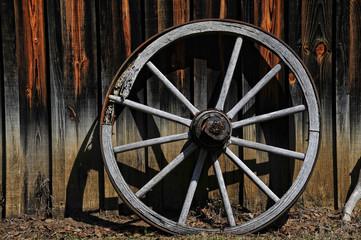 Wagon Wheel in Color
