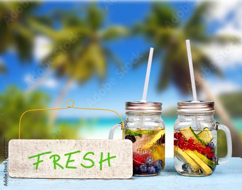 leckere Getränke am Strand - Erfrischung\