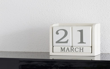 White block calendar present date 21 and month March