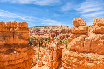 Deurstickers Canyon Bryce Canyon National Park - Hiking on the Queens Garden Trail and Najavo Loop into the canyon, Utah, USA.