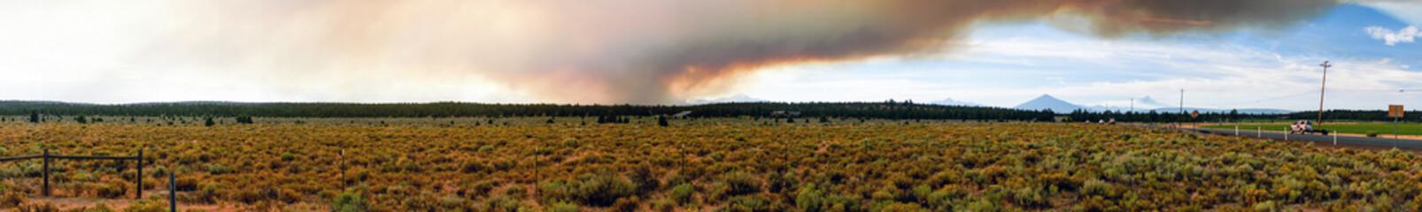 Long Panoramic View Smoke Summer Widfire Oregon Cascade Mountains