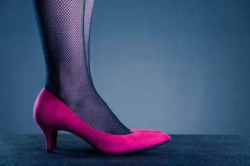 ピンクのハイヒール 女性ボディパーツ