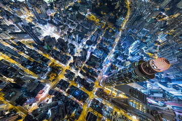 Fotomurales - Aerial view of business district of Hong Kong at night
