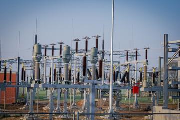 Netzausbau - Isolatoren im Umspannungswerk