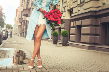 Fashion Lady with flowers