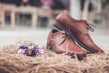 Zapatos, corbatín
