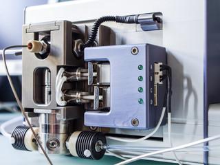 high pressure liquid chromatography, Hochdruckflüssigchromatographie, Forschung, Wissenschaft, Labor, Analyse