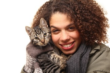 Afro woman with a cat