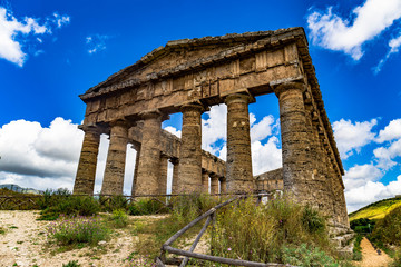 This ancient greek temple still stands in Segesta Sicily, seemingly on its own in the middle of nowhere.