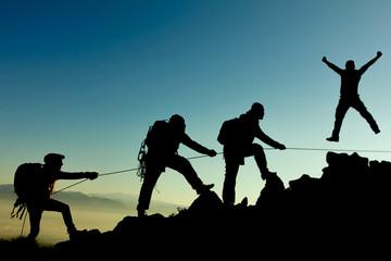 Foto op Aluminium Alpinisme professional climbing team and success