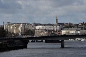 Nantes, pont Anne de Bretagne et Butte Sainte Anne