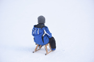 slittino bob bambini neve divertimento giocare