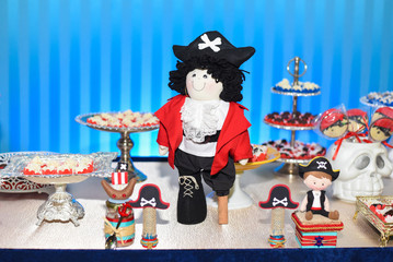 Birthday Candy - Pirate theme - Decorated table