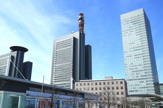 埼玉 さいたま新都心 駅前