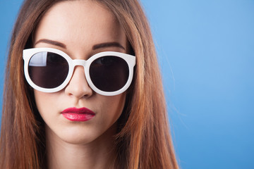 Beautiful young girl wear sunglasses