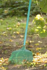 Gartengerät - Rechen - Harke
