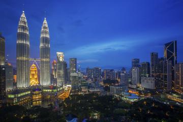Fototapete - Cityscape of Kuala lumpur city
