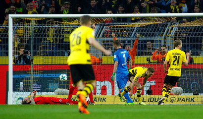 Bundesliga - Borussia Dortmund vs Eintracht Frankfurt