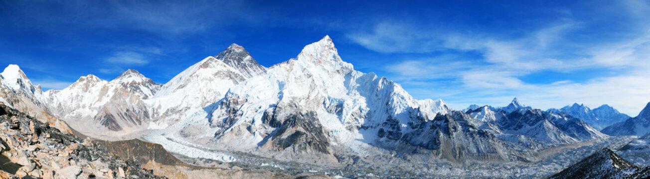 Mount Everest and Khumbu Glacier panorama