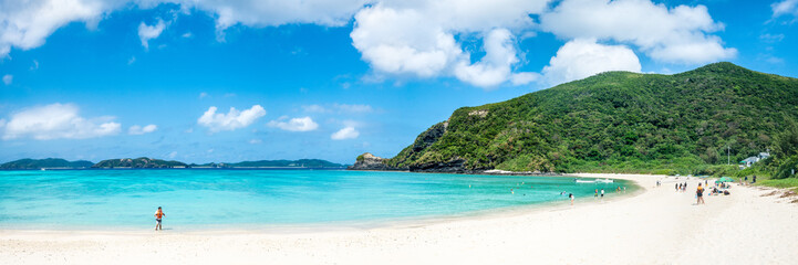Tokashiku Strand auf der Insel Tokashiki,  Kerama Inselgruppe, Okinawa, Japan