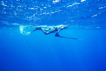 spearfishing in ocean