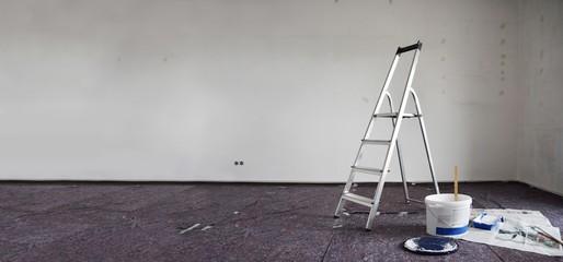 Renovierung / Umzug - Streichen der Wände und Decken