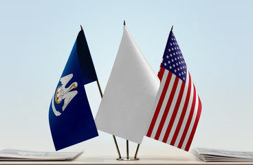Flags of Louisiana and USA with a white flag in the middle Fotomurales