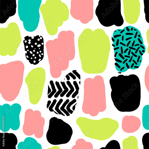 Cute hand drawn retro seamless repeating pattern with abstract