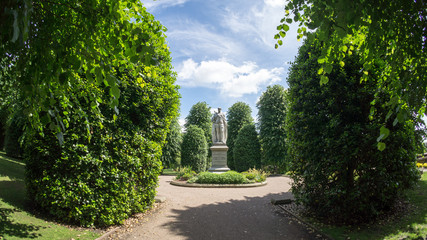 Statue in Grosvenor Park, Chester Fotomurales
