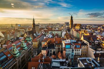 Obraz Zachód słońca nad starym miastem we Wrocławiu, Silesia - fototapety do salonu