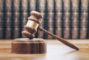 Martello in tribunale con libri, render 3d