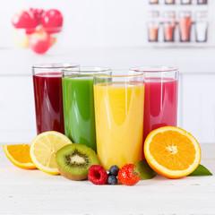 Saft Orangensaft Smoothie Smoothies Fruchtsaft Frucht Früchte Quadrat gesunde Ernährung