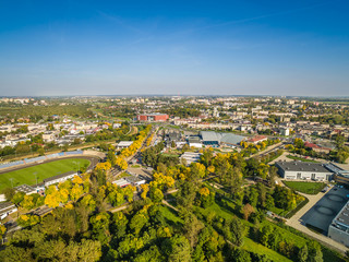 Lublin - krajobraz miasta z lotu ptaka. Park Ludowy, stadion i Aleje Zygmuntowskie z powietrza.