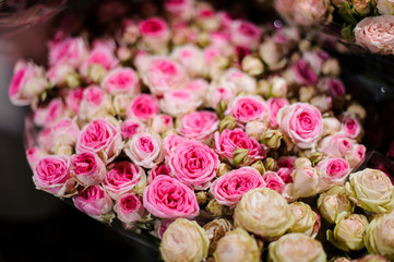 Bouquet of flowers consisting of pink and white roses