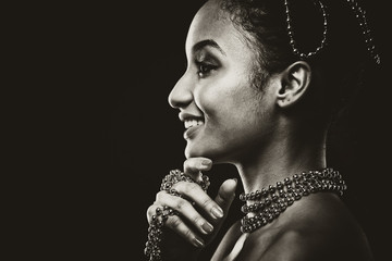 Foto op Aluminium People beautiful woman wearing chain jewellery in black and white photo