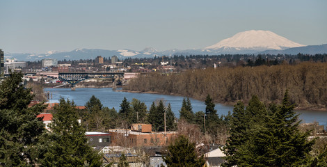 Mount St Helen's Looms Large Willamette River Portland Oregon