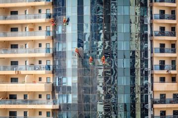 Dubai window washers