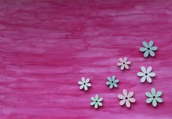 Bunte Dekoration mit Streuartikel Blumen