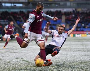 Championship - Bolton Wanderers vs Aston Villa