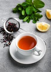 Tea with lemon and mint