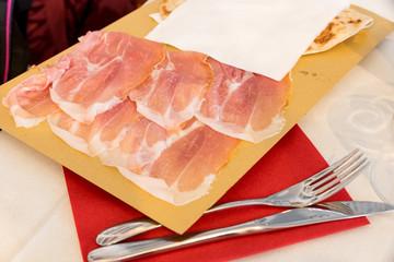 Piadina romagnola with ham