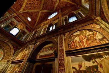 ミラノの教会のフレスコ画