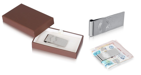 Set of silver round solid cuff links with beautiful money clip gift box for gents. This men jewelry is the best part of your dressing which indicates your personality.